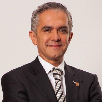 Konstantin Strasser Mep Solar green bond pioneer awards 2017 leadership in green finance